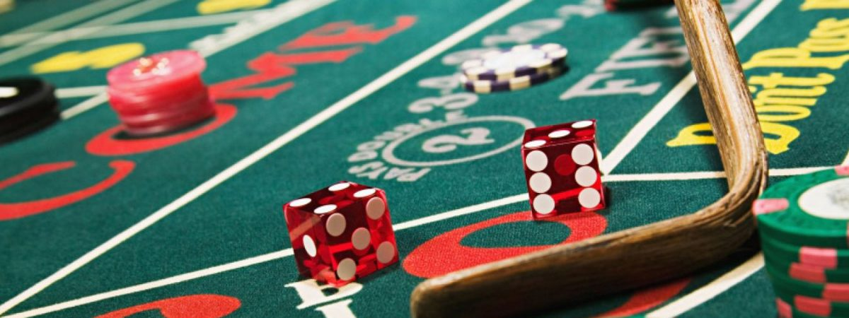 The Benefits That You Can Get From Playing Poker For Your Living